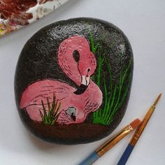 Flamingo hand painted pebble. One of my PepperOni Pebbles i made for a friend's birthday ♥♡ . I haven't forgotten about the art requests I've recieved, they'll be done soon :) ♥♡ . #flamingo #flamingoandchick #flamingochick #pink #pinkflamingo #pinkbird #flamingoart #flamingorock #flaminositting #flamingopainting #flamingodrawing #paintedstones #paintedpebbles #paintedrocks #stoneart #pebbleart #rockart #pepperoni_pebbles