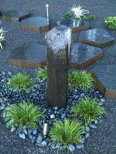 Basalt column pondless water feature