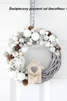 Tinker Christmas Wreath – 20 Ideas – Christmas 2017 – Crafts for Christmas – DIY Ideas, Christmas Deco – DIY … Christmas Wreaths To Make, Noel Christmas, Christmas 2017, Holiday Wreaths, Rustic Christmas, Winter Christmas, Vintage Christmas, Elegant Christmas, Diy And Crafts