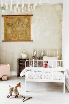 Vintage Bedroom for Kids - Petit & Small