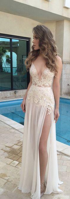 Gorgeous 100+ Beautiful Beach Wedding Dresses to Inspire You https://bridalore.com/2017/07/03/100-beautiful-beach-wedding-dresses-to-inspire-you/