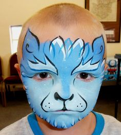 Cute blue tiger.  Little bit grumpy, but cute nonetheless ...  Spinklesparks bodypainting.  #bodypaint #bodypainting #bodyart