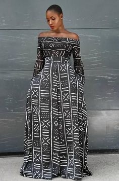 African fashion is available in a wide range of style and design. Whether it is men African fashion or women African fashion, you will notice. African Fashion Designers, African Inspired Fashion, African Print Fashion, Africa Fashion, Fashion Prints, Ethnic Fashion Styles, African Print Dresses, African Fashion Dresses, African Dress