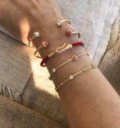 Trendy Bracelets from Ole Lynggaard Copenhagen Trendy Bracelets, Jewelry Bracelets, Bangles, Latest Jewellery Trends, Jewelry Trends, Louise Vuitton, Flower Bracelet, Pearl Jewelry, Gold Jewelry