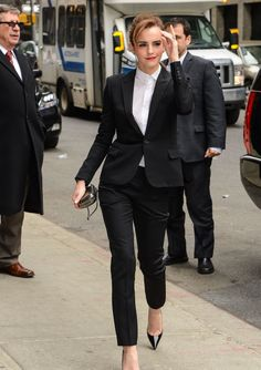 Emma Watson in Fitted Trouser Suit Arriving to the Late Show With David Letterman - March 2014