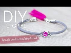 Sieraden maken met Kralenwinkel Online - Bangle armband rubber koord - YouTube