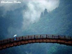 Abraham-Hicks ~ Bridging Belief and Desire - http://www.lawofattraction-resourceguide.com/2013/01/05/bridging-belief-and-desire/#