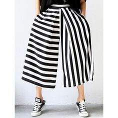 Choies Monochrome Stripe Print Crop Palazzo Pants (€24) ❤ liked on Polyvore…