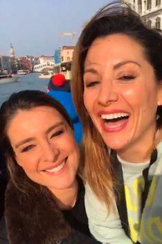 Nagore Robles le pide matrimonio a Sandra Barneda en Venecia. La exconcursante de 'Acorralados' y 'Gran Hermano', aprovecha un paseo en góndola para sorprender a la periodista de Telecinco. Europa Press | Noticias de Gipuzkoa, 2018-02-27 http://www.noticiasdegipuzkoa.com/2018/02/27/ocio-y-cultura/nagore-robles-le-pide-matrimonio-a-sandra-barneda-en-venecia
