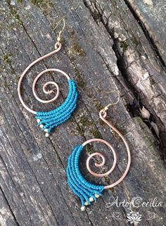 Macrame spiral earrings. Copper spiral turquoise by ARTofCecilia