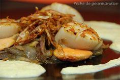 Poêlée de Saint-Jacques sur fondue d'échalotes et sa crème de poireaux
