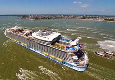 Harmony of the Seas Foto della nave da crociera più grande del mondo