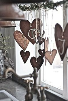 Hearts... I can see something like this done with salt dough, then painted. Limitless possibilities!
