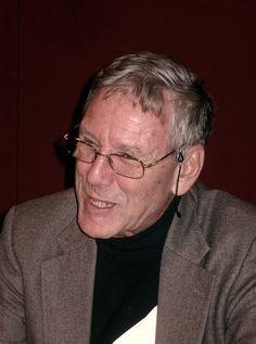 Amos Oz, Letras 2007.