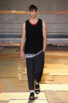 Cerruti 1881 Paris | Spring 2015 Menswear Collection | Style.com