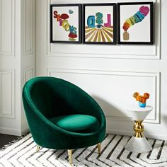 The Jonathan Adler Ether Club Chair in Rialto Emerald (Green Velvet).The Minimalist gesture of the capsule-inspired silhouette provides surprising comfort, while gleaming gold brass stiletto legs project enough posh for a formal parlor/ living room. Best Interior, Modern Interior Design, Modern Interiors, Luxury Interior, Room Interior, Luxury Home Decor, Luxury Homes, Deco Salon Design, Home Design