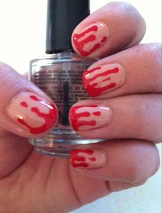 Halloween nail art bloody nails