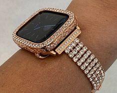 Apple Watch Bands Gold, Apple Watch Bands Fashion, Rose Gold Apple Watch, Apple Watch Accessories, Lab Diamonds, Crystal Rhinestone, Bracelet Watch, Bling, Watches