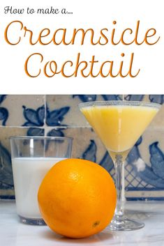Follow our easy Orange Creamsicle Cocktail recipe to create a decadent adult version of the childhood treat. Who knows? This Creamsicle drink may be your new favorite summer sipper. Creamsicle Drink, Orange Creamsicle, Fun Cocktails, Cocktail Drinks, Whiskey Ginger, Push Up Pops, Cream Liqueur, Drinking Around The World, Best Cocktail Recipes