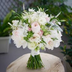 Wedding bouquet Congratulations to the bride and groom today!!! #weddingflowers #bridebook