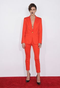 Ruby Rose stepped out in a Veronica Beard Blazer and Pants at the People's Choice Awards.