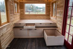 I think there's a general consensus on Tiny House Talk that Abel Zimmerman Zyl, of Zyl Vardos, is a master tiny house craftsman. Therefore, we should all be excited for his newest build, Beli…