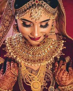 Pin By Urmila Jasawat On Abridal Photography In 2019 Bridal Makeup Indian Bridal Photos, Indian Bridal Fashion, Indian Bridal Makeup, Bridal Beauty, Indian Wedding Bride, Indian Wedding Jewelry, Wedding Girl, Wedding Couples, Bridal Bangles