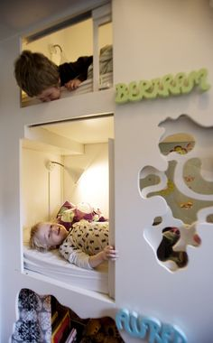 Børneværelse til to drenge by designbykalle, via Flickr