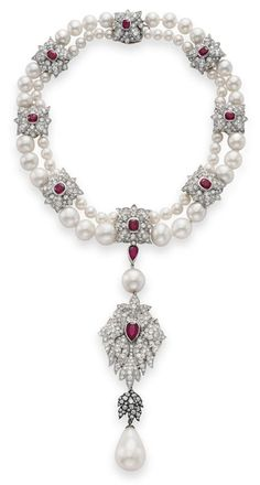 """La Peregrina,"" a legendary pearl 16th century-style necklace with ruby and diamond designed by Elizabeth Taylor, with Al Durante of Cartier in 1969."