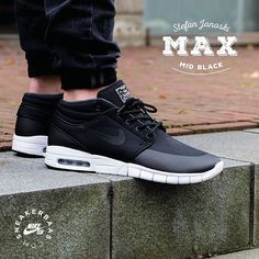 #nike #stefanjanoski #nikesb #nikeair #stefanjanoskimax #sneakerbaas #baasbovenbaas Nike Stefan Janoski Max Mid Black-The Stefan Janoski Max is based on the Nike SB Janoski and comes with a new Free and Air Max sole. This Mid-version is a new, bold move from Nike! Now online available | Priced at 144.95 EU | Men Sizes 40.5- 45 EU
