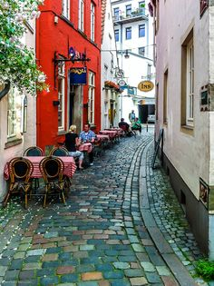 Street cafe, Bremen Old town, Germany