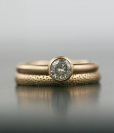 Hey, I found this really awesome Etsy listing at https://www.etsy.com/listing/174128750/alternative-14k-gold-engagment-ring
