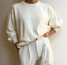 Pullover + high waist trousers
