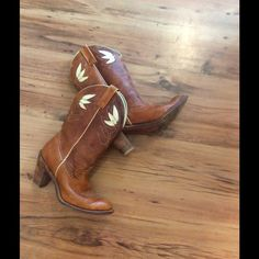 Vintage cowboy boots These very unique vintage cowgirl western boots are in amazing shape. These are very rare! They do have some wear and the perfect amount of scuffs but years of life left! Vintage Shoes