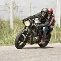 suzuki gs500 cafe racer / streetfighter | dream machines