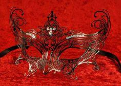 Catwoman Eco Black Masquerade Masks! #masquerade #mask #Womens #black #blackmasquerade  vivomasks.com