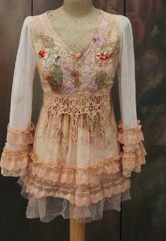 Goudsbloem tuniek - Boheemse romantisch, gewijzigd couture, vintage textiel