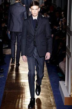 Valentino Fall/Winter 2013-14 Men's Show | Homotography