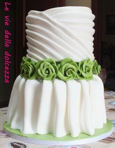 WEDDING CAKE - WEDDING DRESS - by Leviedelladolcezza @ CakesDecor.com - cake decorating website