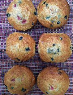 Berry Muffins, Savory Muffins, Baking Muffins, Healthy Muffins, Muffin Tin Recipes, Baking Recipes, Snack Recipes, Snacks, Biscuits