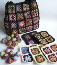 Free Crochet Bag Patterns Part 23 - Beautiful Crochet Patterns and Knitting Patterns Tapestry Crochet Patterns, Crochet Motif, Knitting Patterns, Bag Patterns, Crochet Granny, Crochet World, Free Crochet Bag, Crochet Yarn, Crochet Handbags