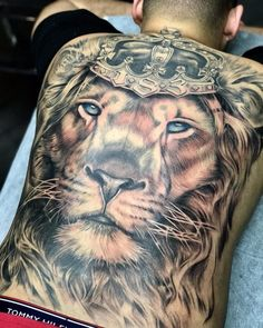 Lion Back Tattoo, Lion Forearm Tattoos, Lion Tattoo Sleeves, Lion Head Tattoos, Wolf Tattoo Sleeve, Mens Lion Tattoo, Music Tattoos, Body Art Tattoos, Back Tattoos For Guys