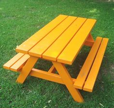 Detailed how-to for a kids' picnic table