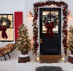 Shop Christmas decorations, like Christmas lights, Christmas trees and Christmas inflatables. We offer top brands, like Holiday Living and GE.