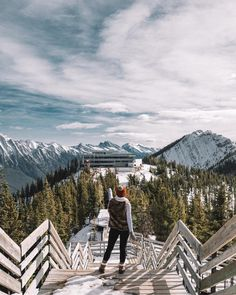 7 Secret Things To Do In Banff That Tourists Don't Know About 7 Hidden Places In Banff That Tourists Don't Know About - Narcity Alberta Canada, Banff Canada, Canada Canada, Places To Travel, Places To See, Travel Destinations, Calgary, Alberta Travel, Canadian Travel