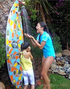 diy-outdoor-showers-apieceofrainbowblog-1