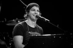 Gavin DeGraw...ahh, yes. <3