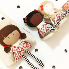 My Teeny-Tiny Doll® + Carry-Me Bag Set    © Cook You Some Noodles 2017  Bigcartel shop http://cookyousomenoodles.bigcartel.com/