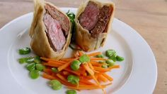 Spiced fillet of lamb in filo pastry