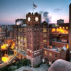 Anheuser-Busch St. Louis Beermaster Tour with 3-Night Stay at Hyatt Regency St. Louis and Airfare for (2)